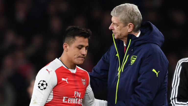 Alexis Sanchez and Arsene Wenger play